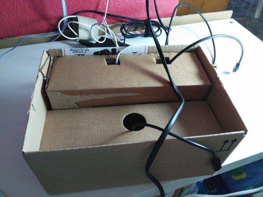 Haciendo un Organizador de cargadores, dispositivos y cables. Ocultar los cables.