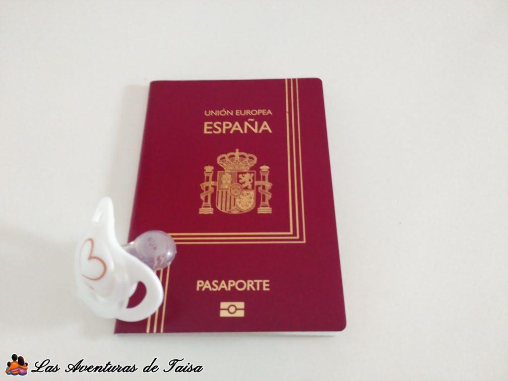 Pasaporte para bebé nacido en el extranjero - Registrar a un bebé