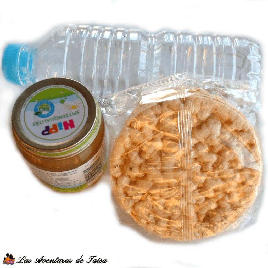 Viajar en Avión con un Bebé - Llevar agua y comida en el avión o en coche