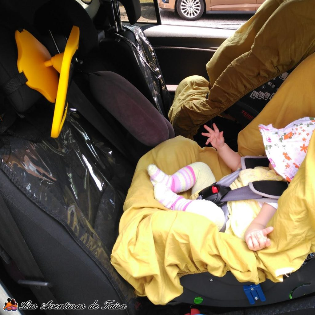 Viajes largos con beb s en coche o avi n 6 consejos for Espejos para ver a los bebes en el coche
