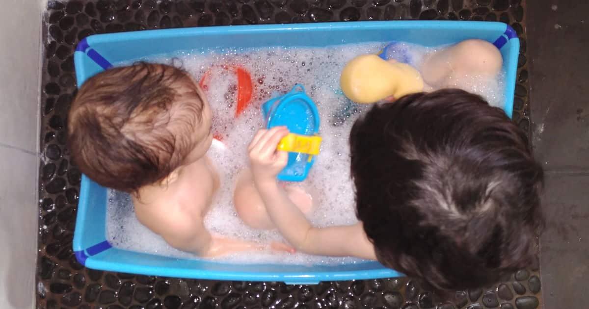 Resultado de imagen para bañera de niños