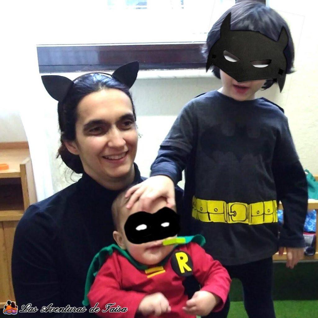 Disfraces de Batman y Robin con Catwoman