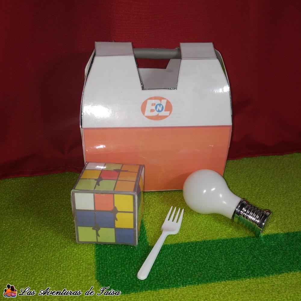 Accesorios para el Disfraz de Wall-E - Maleta - Cubo Rubik - Bombilla