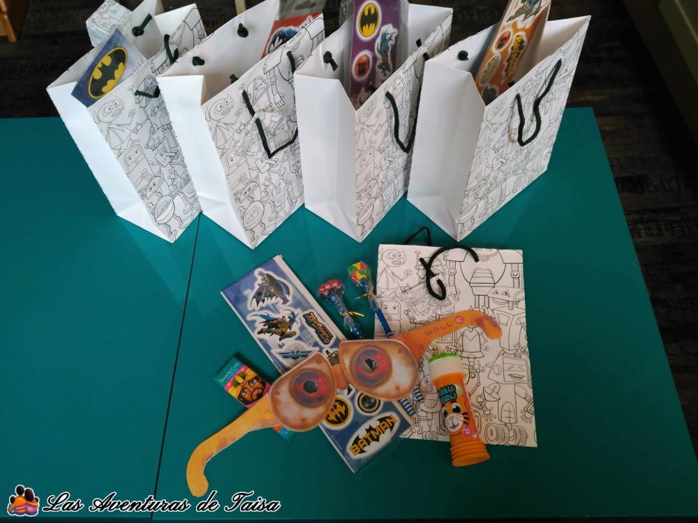 Bolsas de regalos para los invitados al cumpleaños