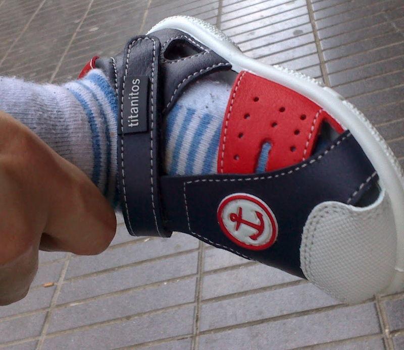 Primeros zapatos para caminar de mi hijo