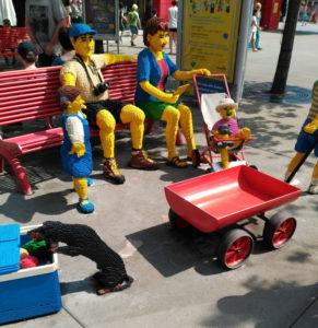 Familia hecha de Lego