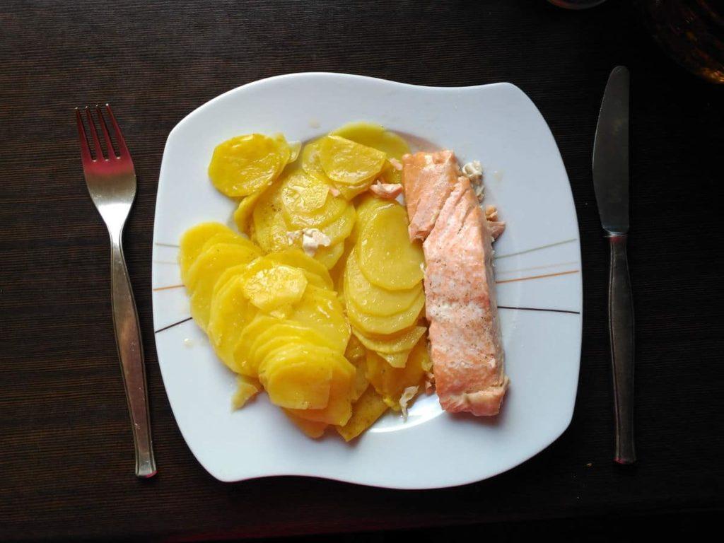 Receta de Salmón con patatas al vapor