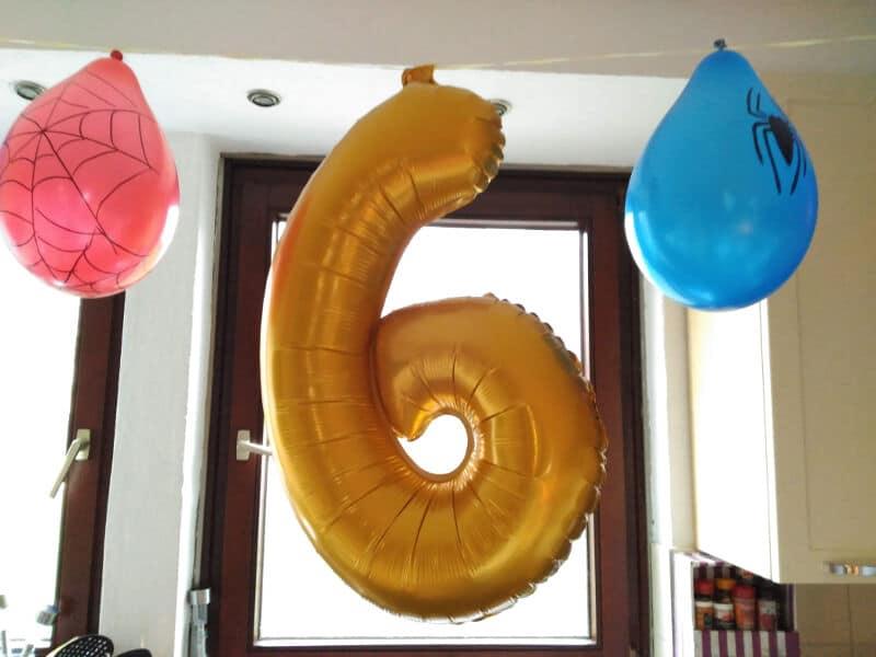 Cumpleaños de Spiderman - Decoracion con globos