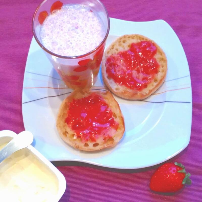 Desayunos saludables - Tostadas con compota de fresa
